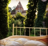 Bett im Garten